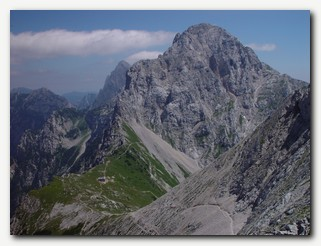 Kamnisko_Savinjske_Alpe.jpg